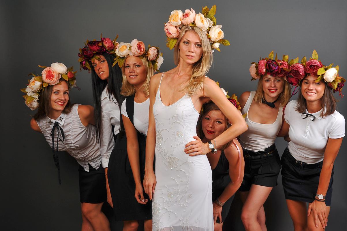 Стриптезер на девичнике у невесты фото 46-42