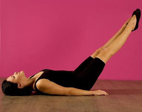 Как ноги сделать за спиной
