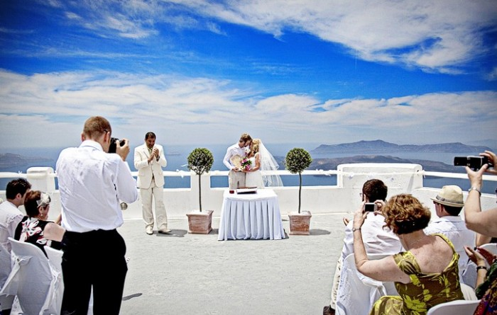wedding-ceremony-santorini-blue-sky1-e1323956966692