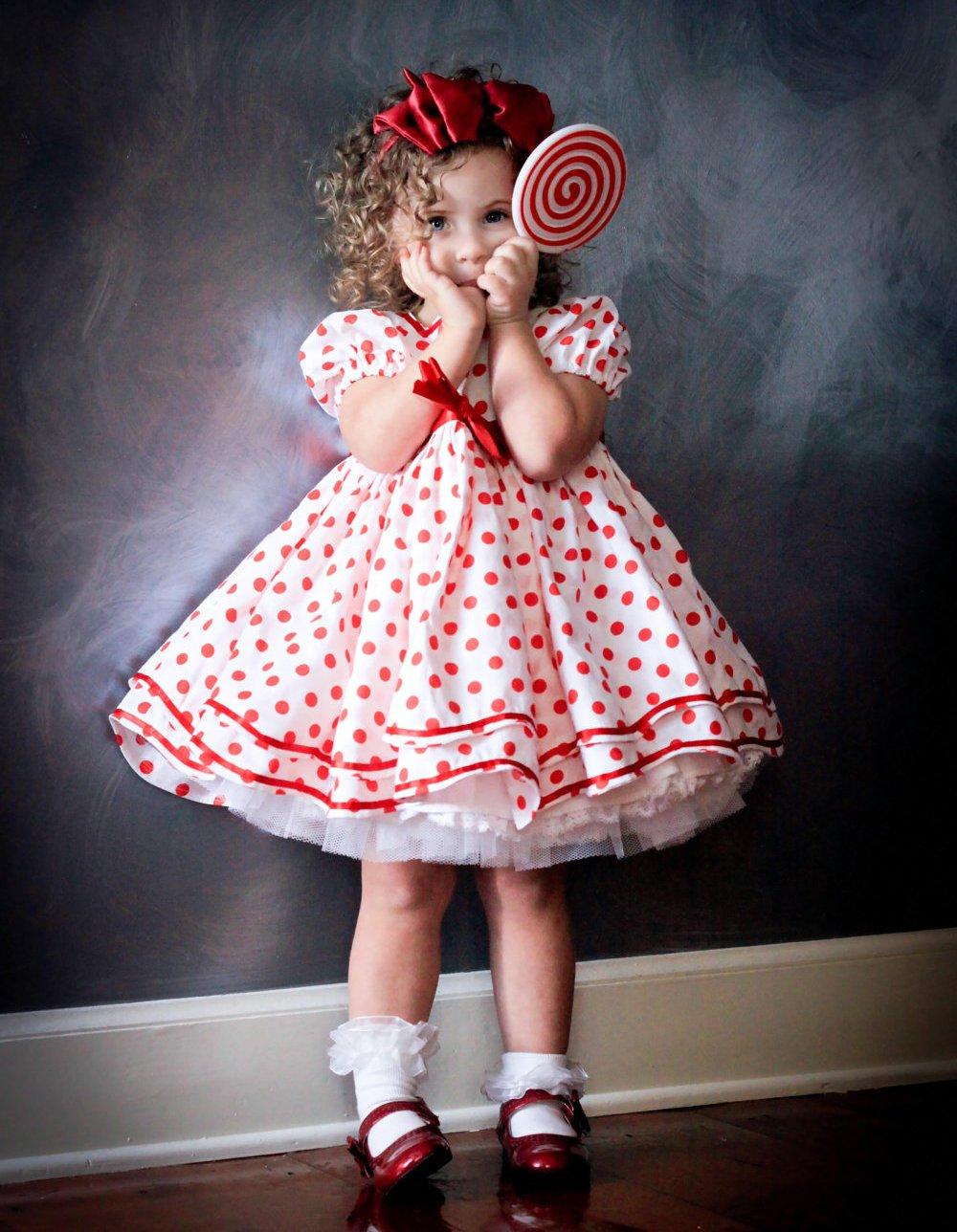 Как сшить платье новогоднее для девочки своими руками