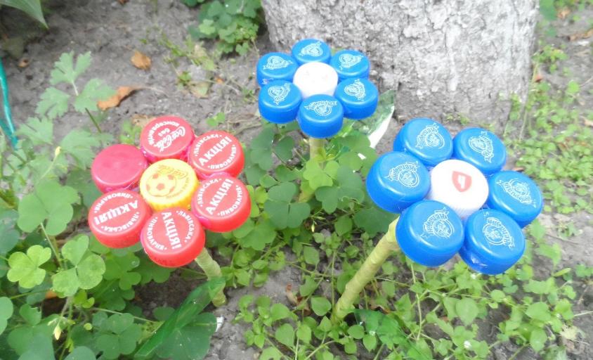 Поделки из бутылок пластиковых пробок для сада и огорода