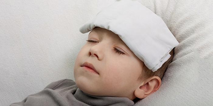 Болят глаза у ребенка – каковы причины и что делать?
