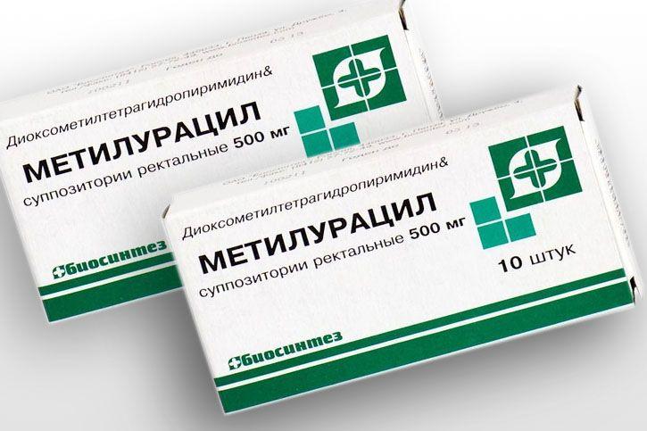 muzhchina-nablyudaet-kak-zhenshina-trahaetsya