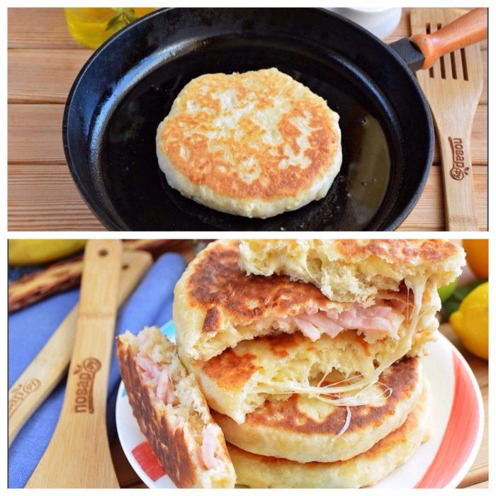 Сырная лепешка с колбасой на сковороде