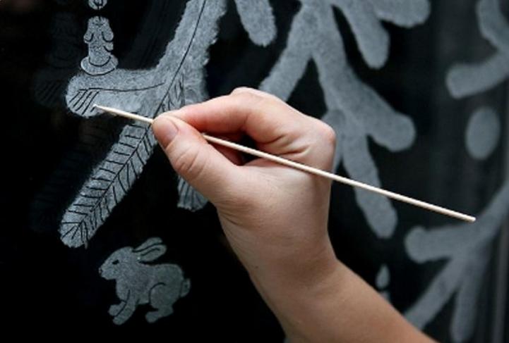 Как сделать рисунок на стекле пастой зубной