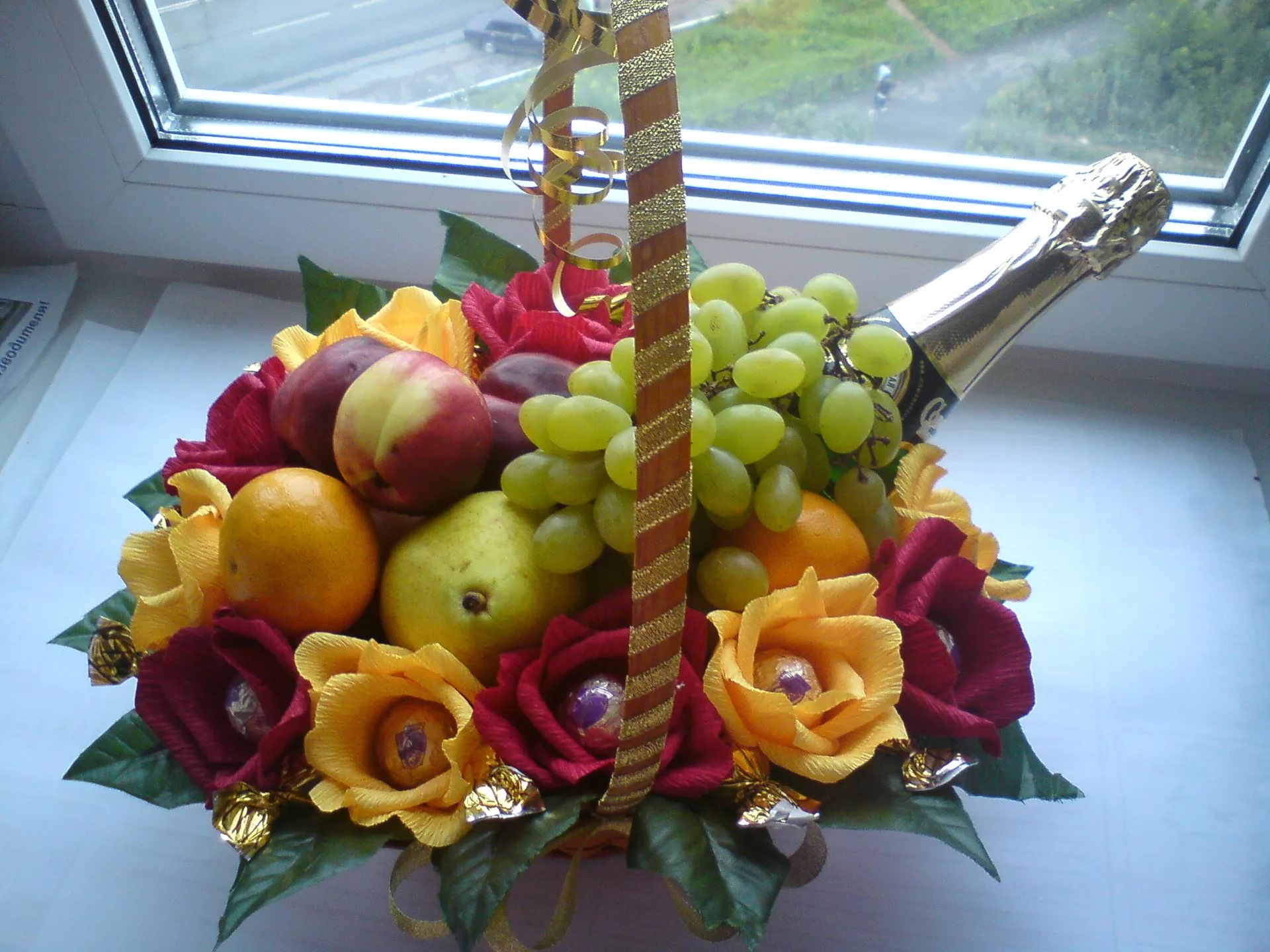 Букет подарочный из фруктов своими руками 6