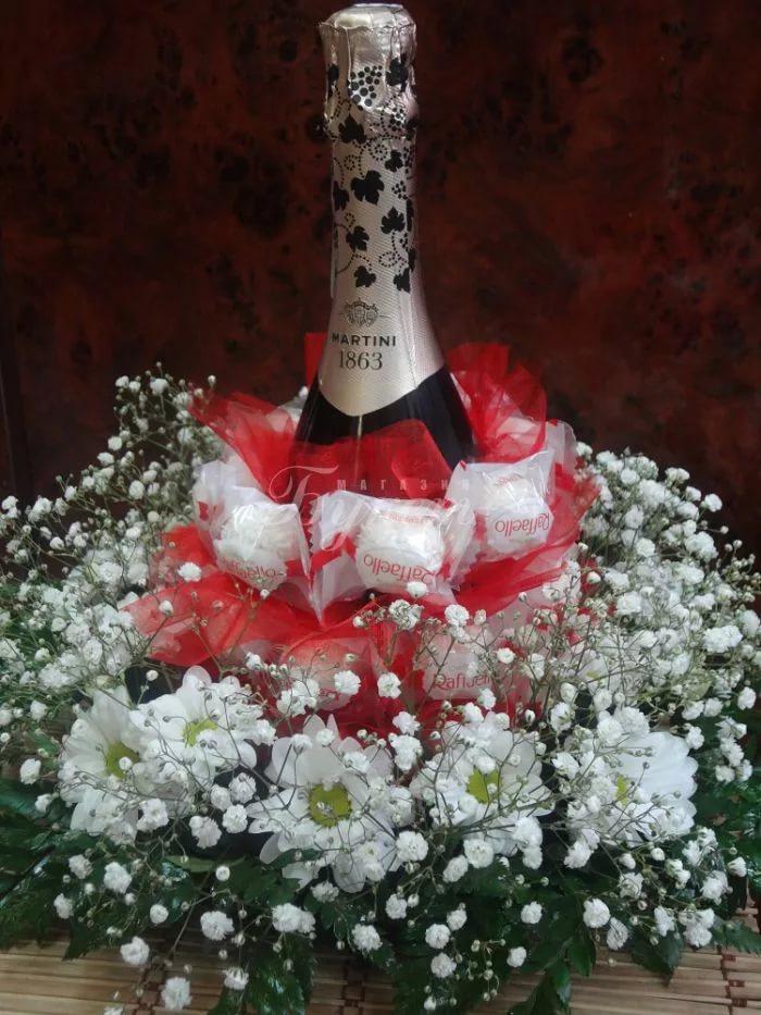 Подарок из конфет с шампанским своими руками 877