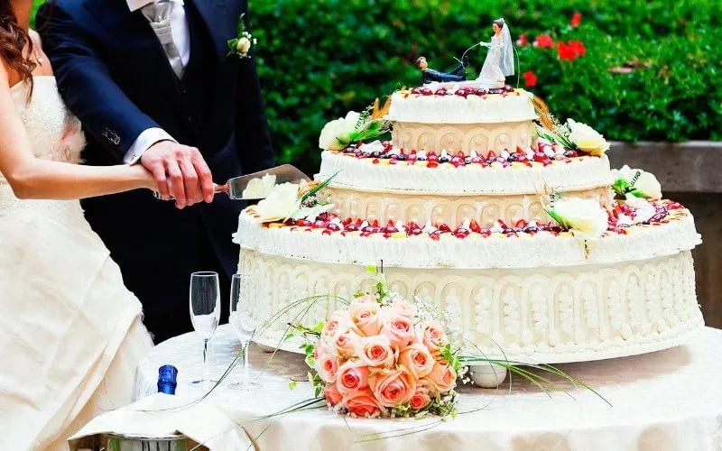 Свадебный торт приметы