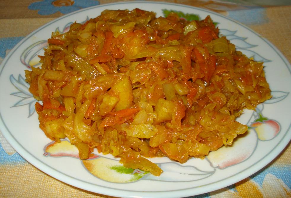 картошка с кабачками и капустой тушеная в мультиварке