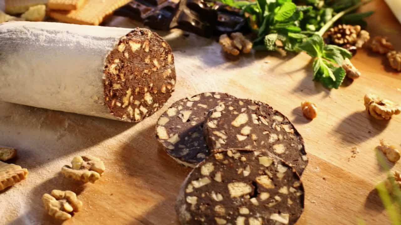 Рецепт сладкой колбаски из печенья без какао