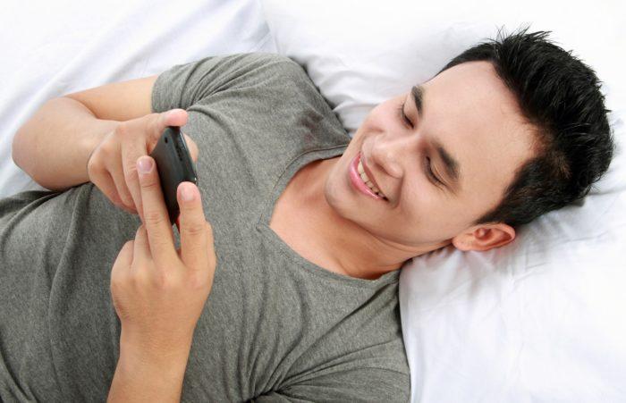 Картинки по запросу картинка мужчина с телефоном
