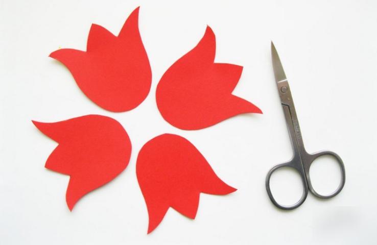 Как из бумаги сделать тюльпаны поэтапно 20