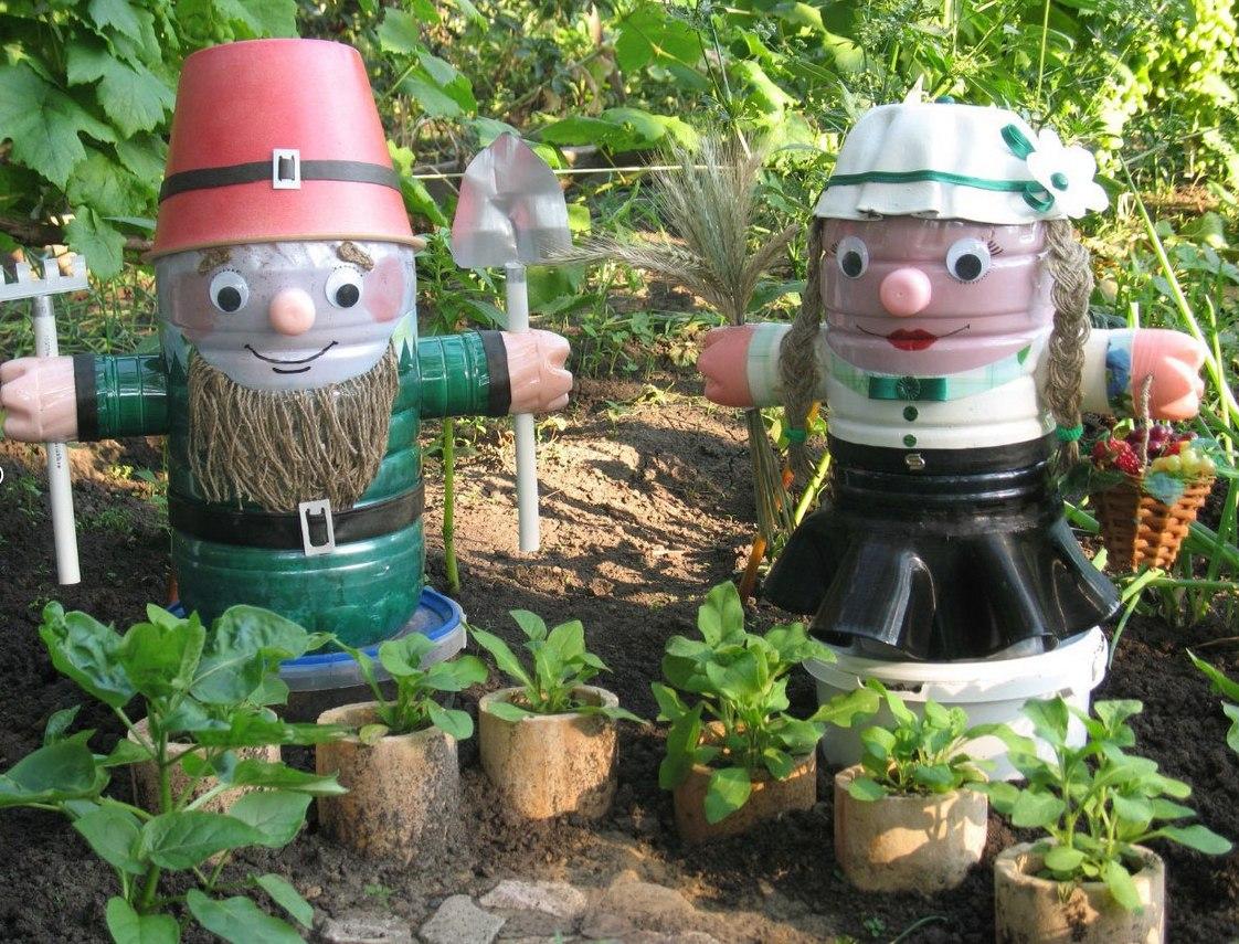 Как украсить сад своими руками пластиковыми бутылками фото 824