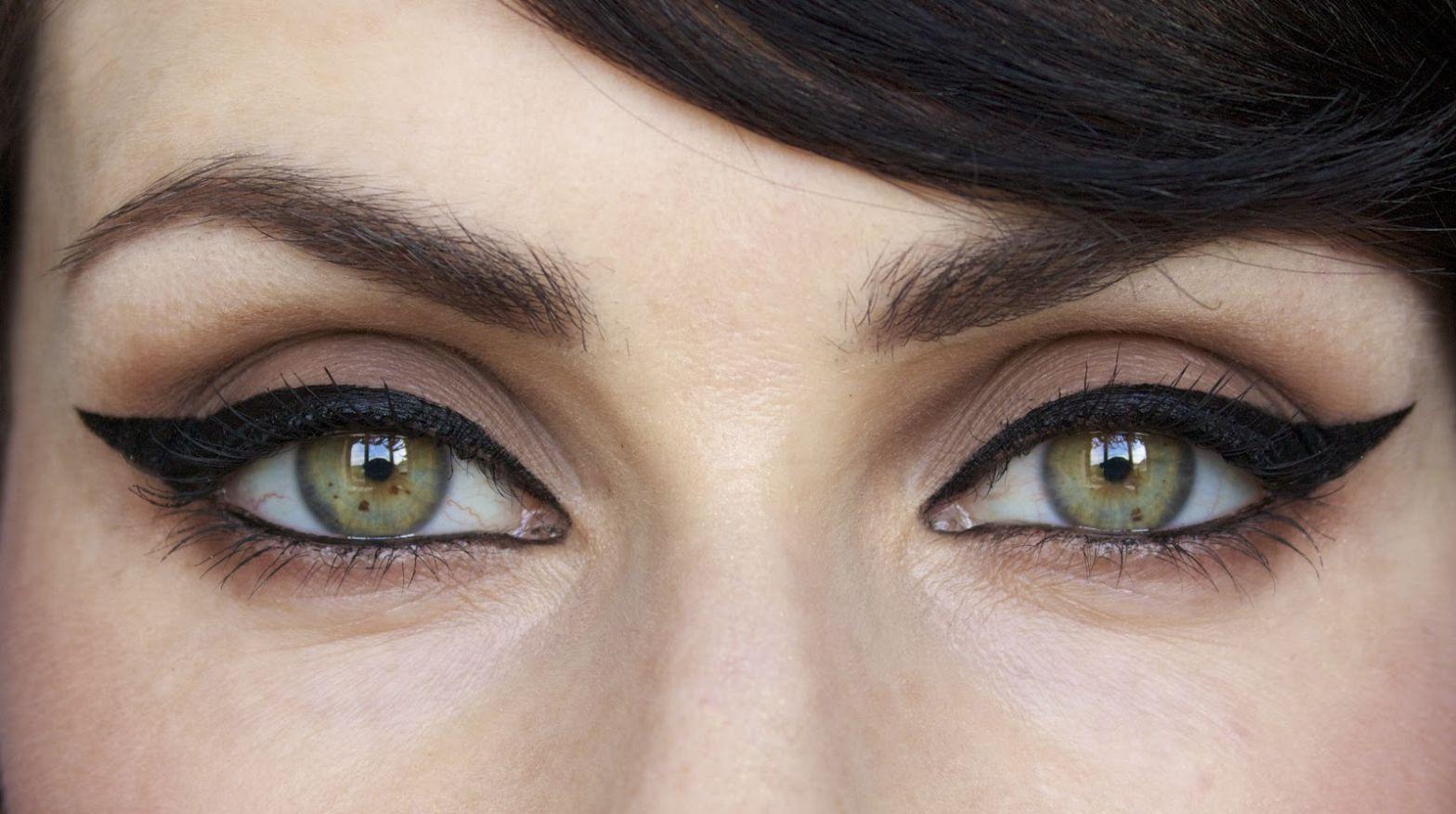 кошачьи стрелки на глазах пошаговое фото сюжеты