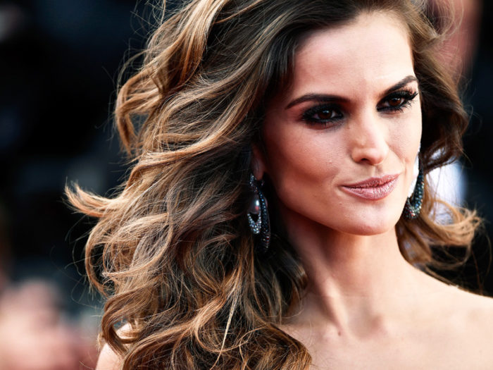 """CANNES, FRANCE - MAY 20: Izabel Goulart attends the """"Youth"""" Premiere during the 68th annual Cannes Film Festival on May 20, 2015 in Cannes, France. (Photo by Ian Gavan/Getty Images)"""
