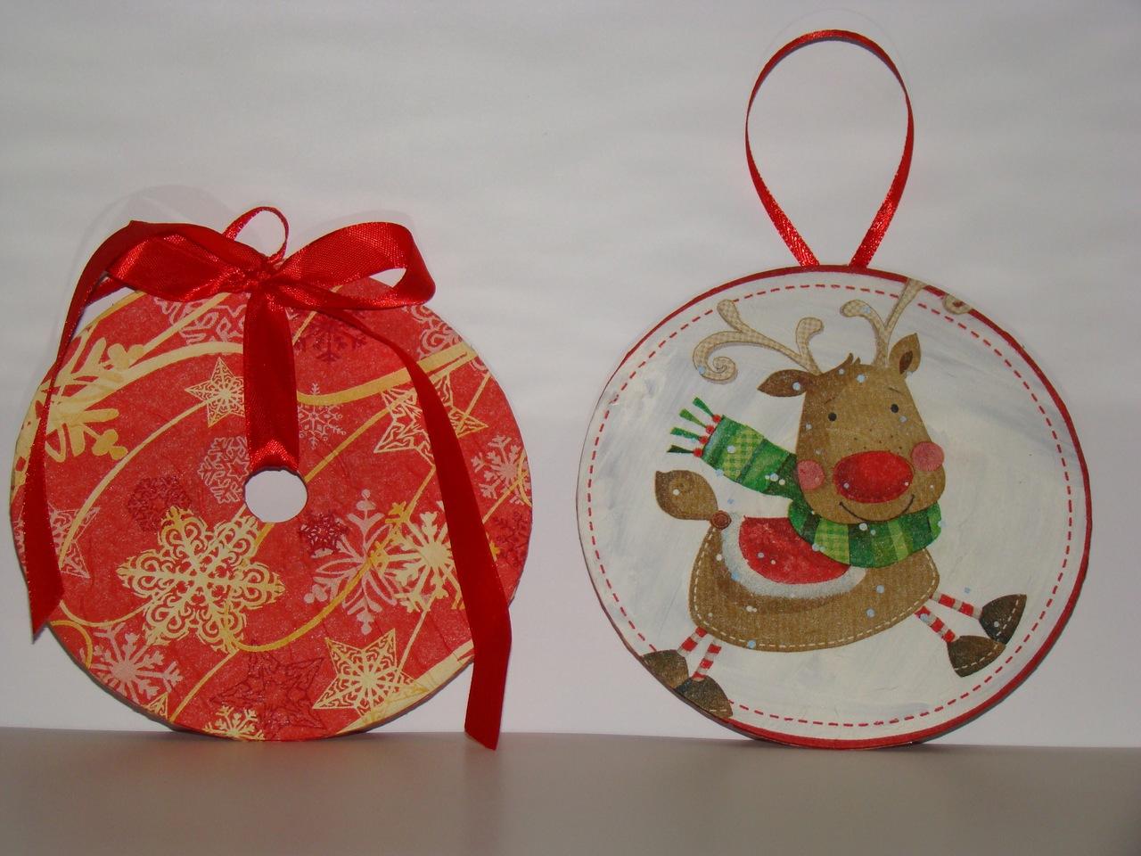 Новогодние открытки шары из дисков, рождением внука открытка