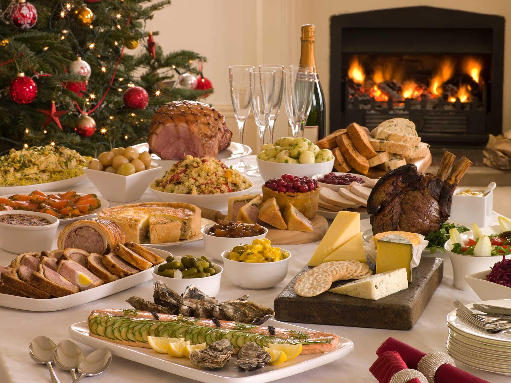 картинки новогоднего домашнего стола с едой происходит локонами